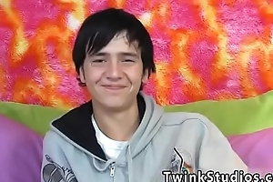 Emo gay twinks cumming with wigs insusceptible to Aidan Rayne is a top. He solo got