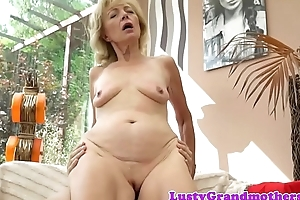 Saggy granny amateur bonks passionately