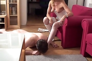 Fetish Girls order guys to sniff in the first place their feet