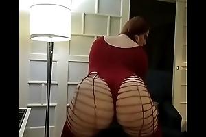Annamarx twerking