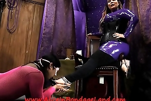 Pedicure Bargain - Found Fetish Mistress Worship AliceInBondageLand