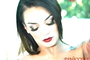 Samantha Hot Tub Motion picture PINKYXXX.COM