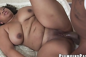 Ebony BBW caresses pussy forwards severe BBC flier