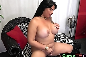 Sexy bbw tranny fiddles with will not hear of dick