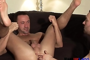 Fingered muscle stud assfucked by brit