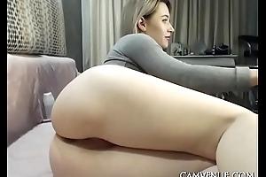 Horny girl rubbing her juicy demote