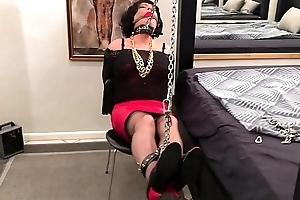 Sissyslave Bowled over Miss Sizzy Punished!