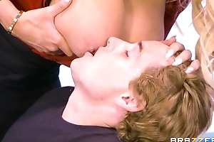Brazzers crammer with massive tits and pest rides student aloft her desk
