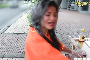 Offbeat Colombian chick gets picked up off the ride and screwed hard