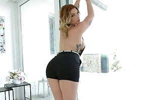 Ugly blonde bitch with unsophisticated boobs gets anally fucked