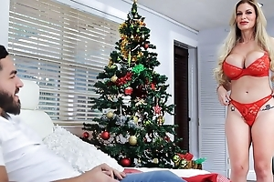 Plump Russian MILF gets a chubby soreness load of shit for Christmas