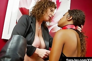 Hot Shake out Sara Jay Face Fucks Slave Ashley Sin!