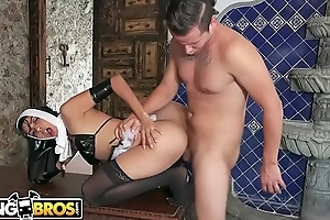 BANGBROS - Impious REAL Frolic Former Nun Yudi Pineda Has Close down b close Desires